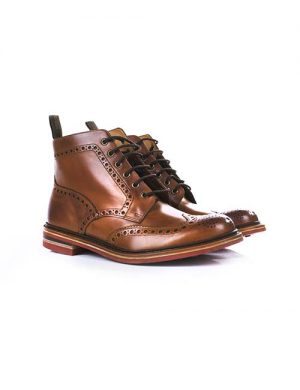 کفش با طراحی مدرن